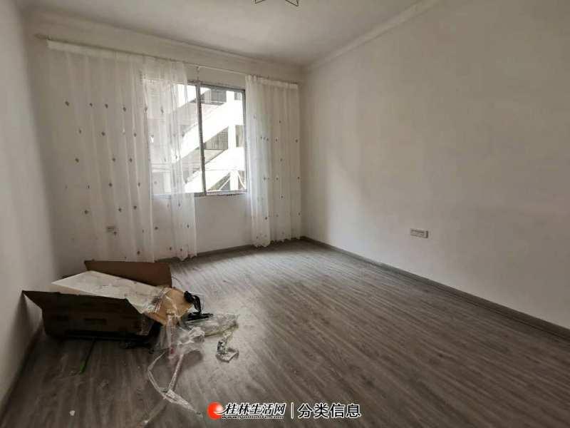铁西小区,新装一房一厅,拎包入住,24万可议价