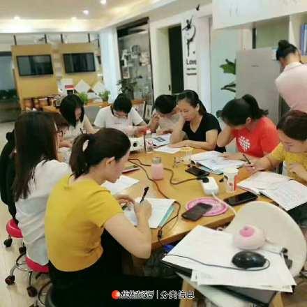 广西桂林催乳师专业培训多少钱,做催乳师挣钱吗