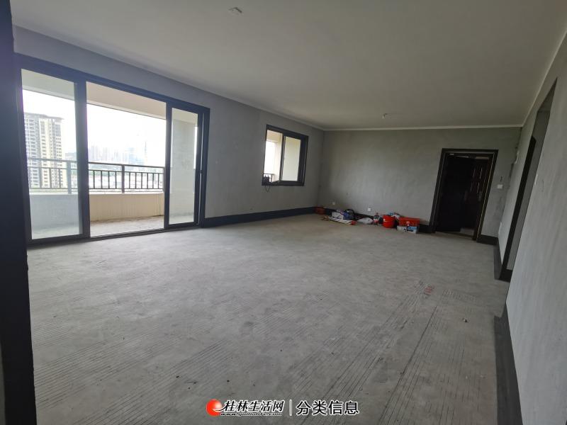 彰泰城市一号江景四房  超大阳台