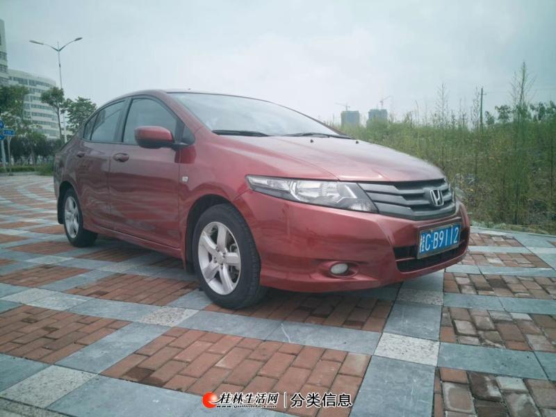 桂林市一手私家车,2011年2月上牌的本田锋范 1.5自动豪华版 电动天窗
