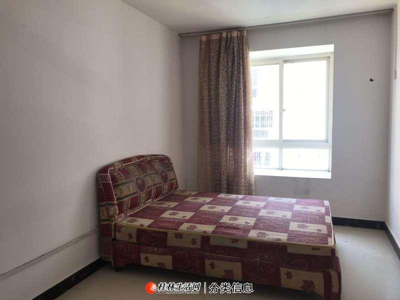 灵川漓江明珠93平米二室二厅800元每月