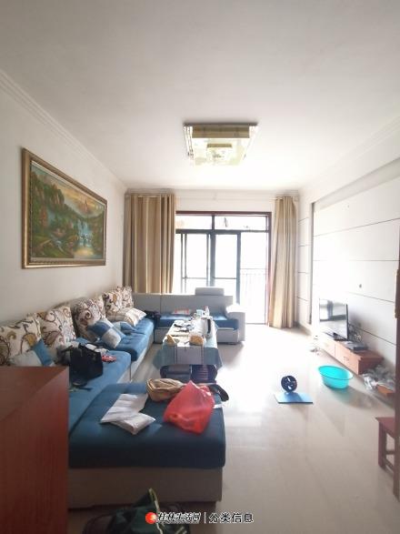 海派擎城2房2厅2卫1厨精装齐全1200元每月