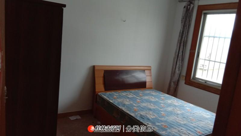 铁西一里桂林银行对面,6楼3房1厅1卫,90平方,家电家具齐全,月租1000元