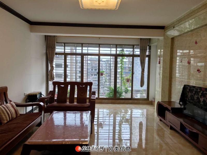 安置小区电梯10楼3房2厅2卫,120平方,家电家具齐全,月租2600元,