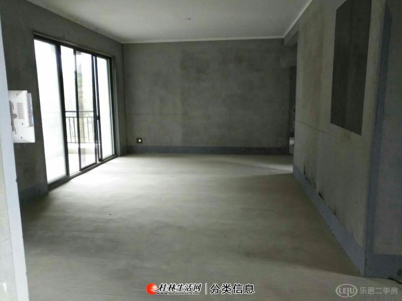 临桂新区国奥小区,132平,外景房,户型非常漂亮