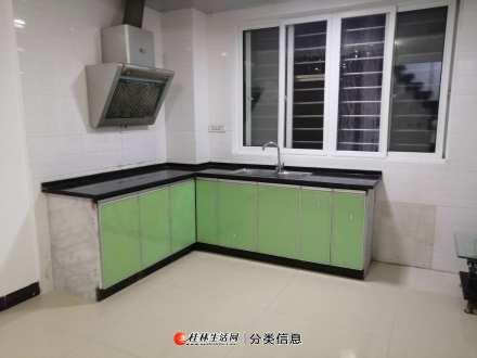 桂林风景国际小复式3房使用面积90平方