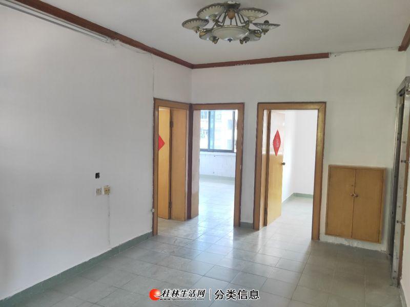南溪 逸仙双校区 龙船坪3房1厅户型方正 采光极佳 杂物间