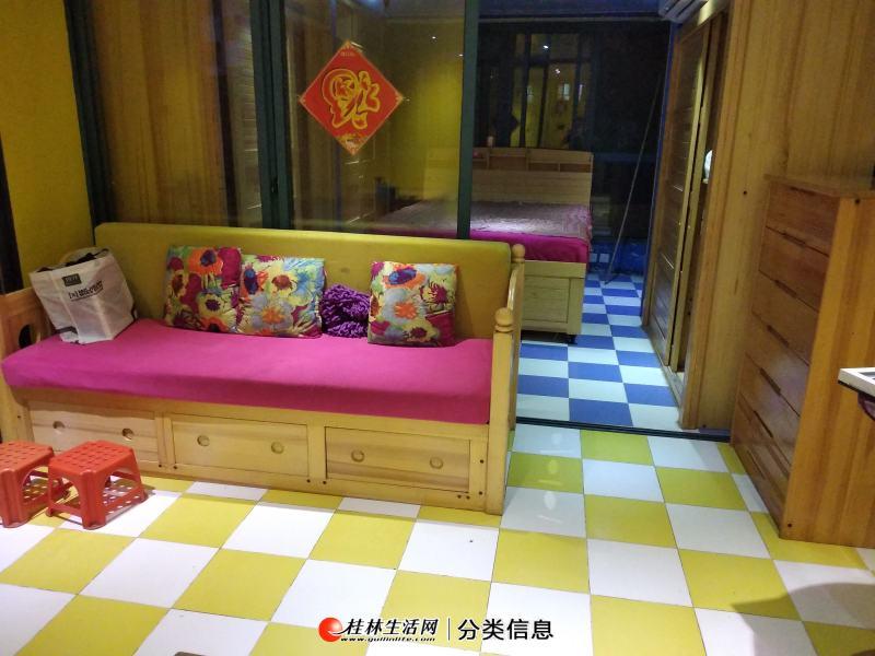 龙光翠竹苑,电梯4楼1房1厅1卫,60平方,家电家具齐全,月租1600元,