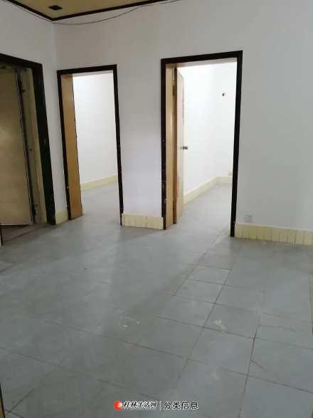 秀峰区九岗岭3楼2房1厅60平方米空房出租 有真实照片提供参考.