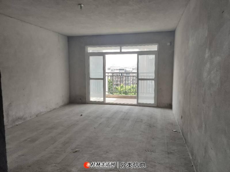 桂林北站旁阳光叠彩 电梯中层3房2卫,城北