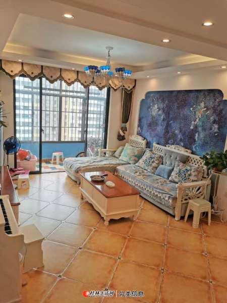 临桂新区山水凤凰城精装3房,家具家电全部送。只需61万,