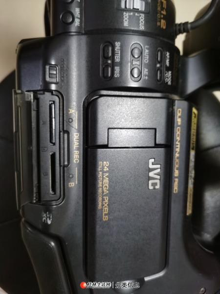 低价处理闲置JVC专业数码摄像机一台