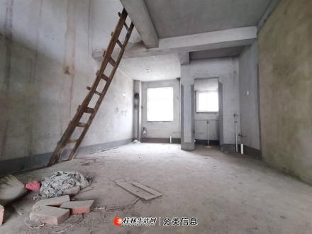 三里店 漓江路 天香佳园顶楼3层复式5房3卫加大露台