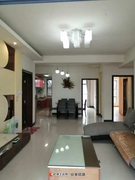 香樟林3房2厅2卫1厨楼梯房5楼58万