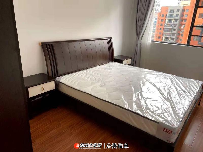 秀峰区红岭路华润中央公园3房2厅2卫98平米出租3300/月(x)