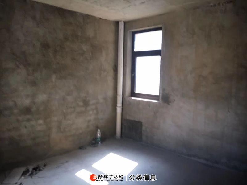 临桂山水凤凰城双拼别墅