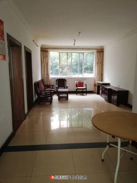 临桂区世纪大道佳和花园2房2厅1卫1厨简装32万