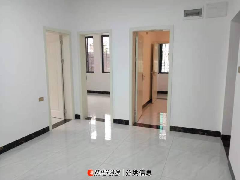 南溪小学 龙船坪 精装3房 养生2楼带杂物间