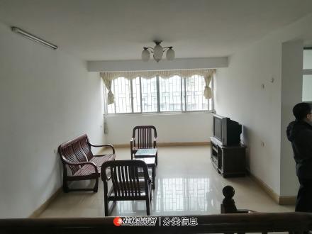 临桂区金水路中兴林小区3房带杂物间45万  中介勿扰