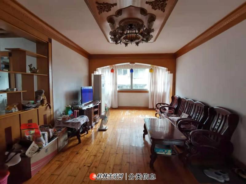 Q叠彩迴龙小区,五中旁五中教师公寓,3房2厅,三面采光,户型好