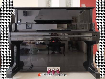 九成新高档钢琴低价转让