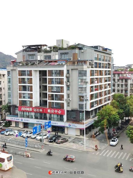 象山区上海路临街二楼写字楼整层产权1387平1350万带4个车位