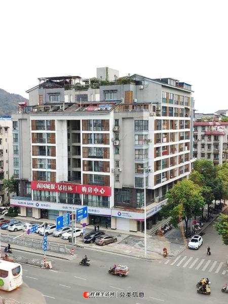 市中心上海路主干道临街一二楼商铺与办公写字楼1918平3千万