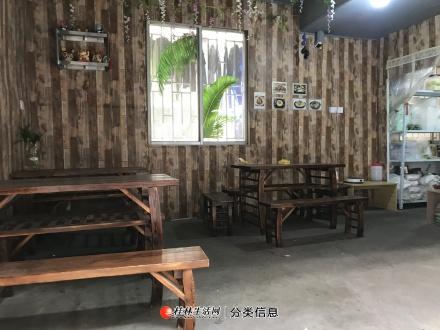 师大育才校区旁餐饮店带设备营业执照餐饮许可证转让