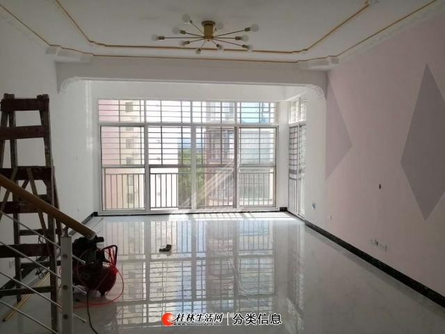 湘水乐园,新装修未入住复试楼,实用200平米有3个大小露台.