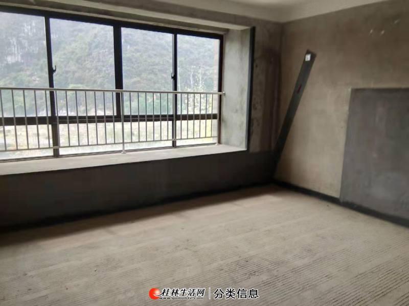 湖光山色湖景电梯3、4楼复式清水四房227平 纯拿210万