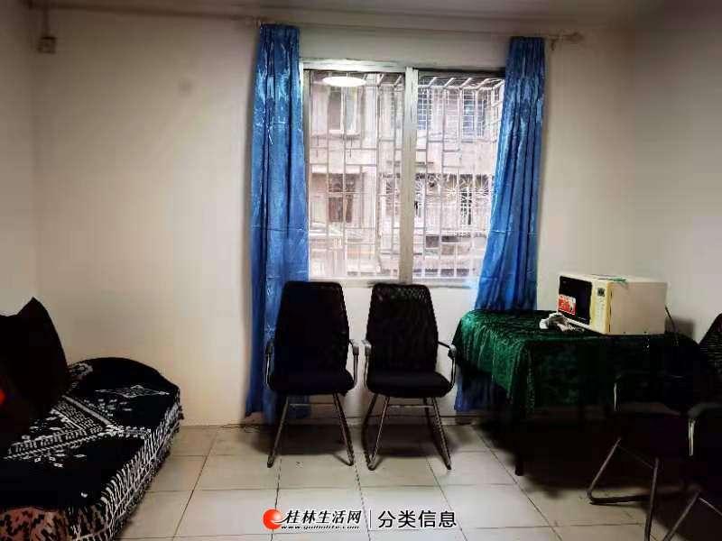 熙璟城步行街,3楼小两房一厅一卫