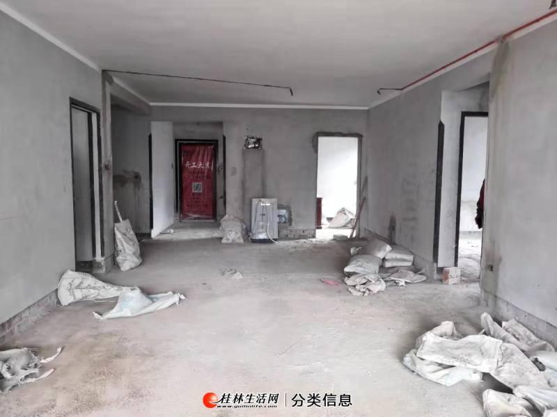七星区万达广场万达城旁信昌.棠棣之华10楼清水4房140平