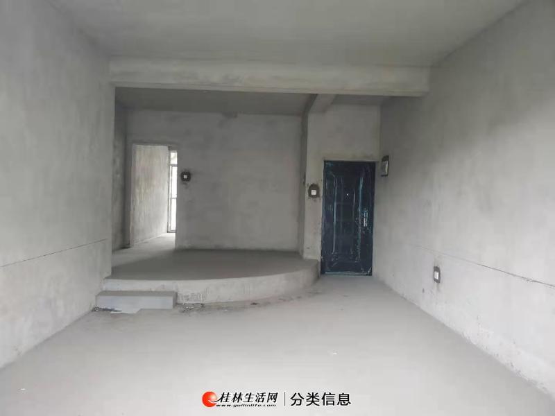 Q芦笛路山水阳光城芦笛小学,清水3房,有小区双阳台