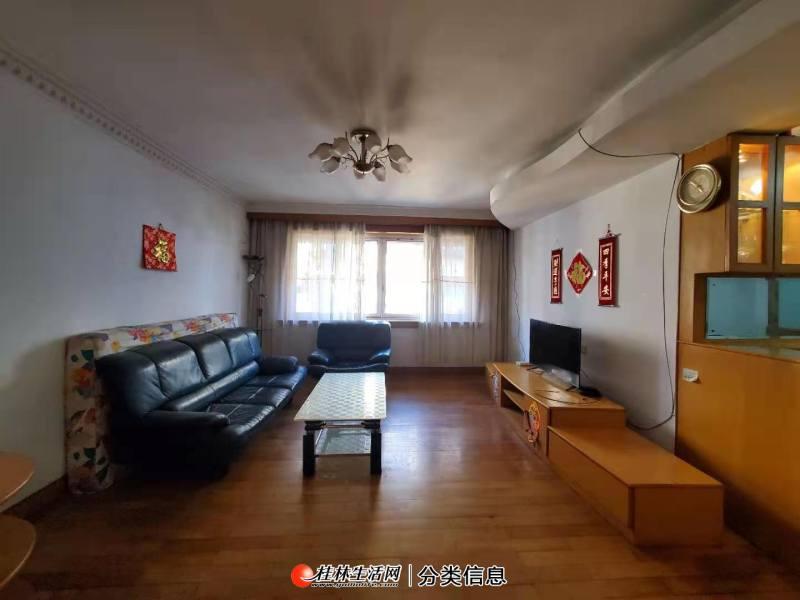 Q联达,万象城威达北区3房,5楼,送杂物间,户型好,急售