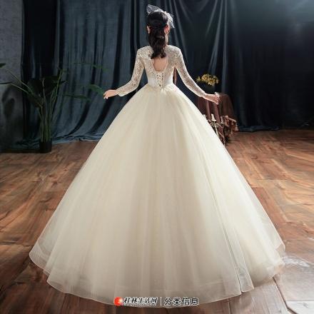 婚纱全新未穿过百分百全新还有挂牌