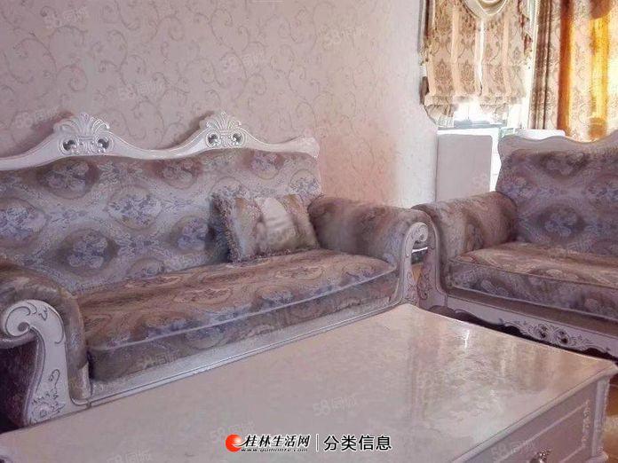 水晶城 3室2厅2卫 120平米3000南朝向 豪华装修