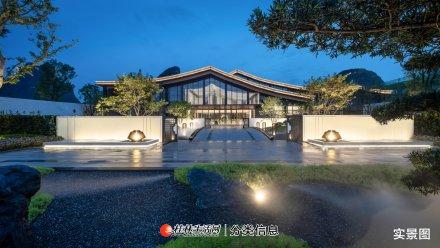 桂林市象山区联排别墅4层4房·2厅5卫有天有地露台加花园仅一百多万