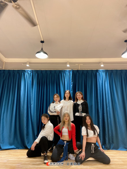 提供钢管舞爵士舞古典舞形体训练等舞蹈课程细心教学包会