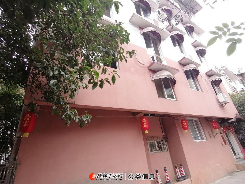 屏风漓江花园 8室3厅3卫精装 使用面积大楼层好