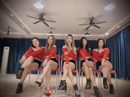 桂林成人零基础钢管舞培训