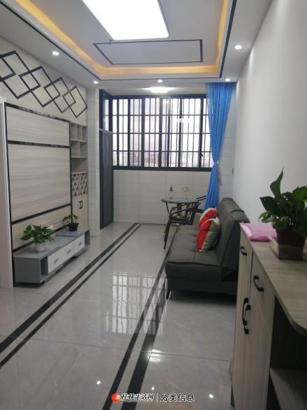 棠棣之华旁和平小区 精装电梯1房1厅1卫全新家具家电齐全拎包入住