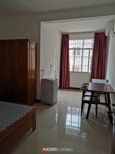 体育中心旁樟木村王家里阳光小居公寓楼大单间配套出租